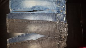***MUST SEE LIKE NEW***3 PAIRS GAP 3T SKINNY JEANS for Sale in Austin, TX