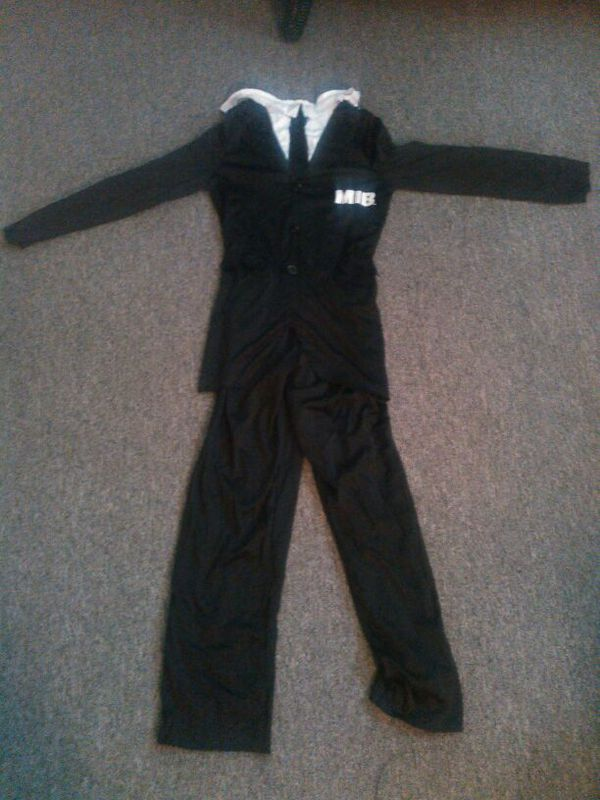Mib Costume 4 6 Men In Black For Sale In Cleveland Oh Offerup