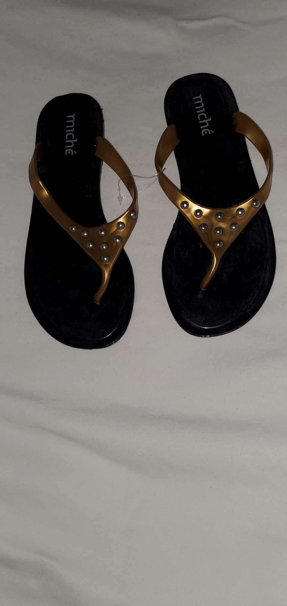 Woman slip on/sandals $5 only