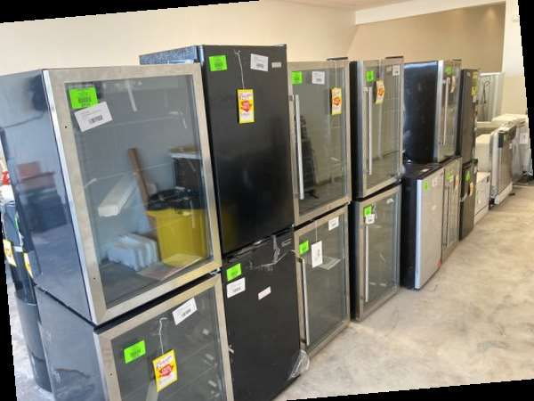 🥶💸❄️ miniature refrigerator liquidation sale💦💸❄️ FZJ