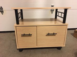 Office stand/table for Sale in Haymarket, VA
