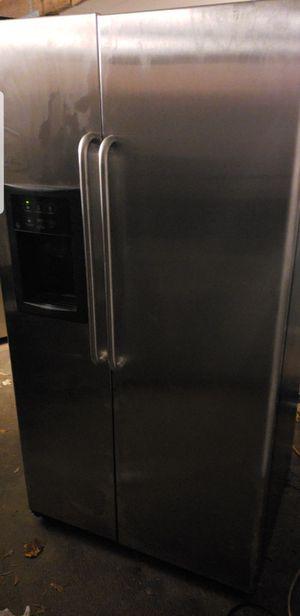Ge fridge stainless for Sale in Cumberland, VA