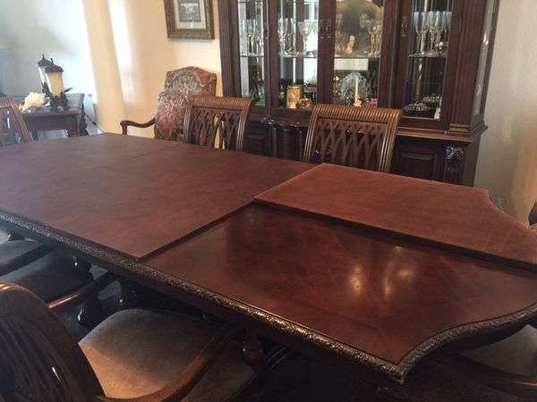 Bernhardt Embassy Row Dining Room Suite Table Chairs China Hutch For Sale In Estero Fl Offerup