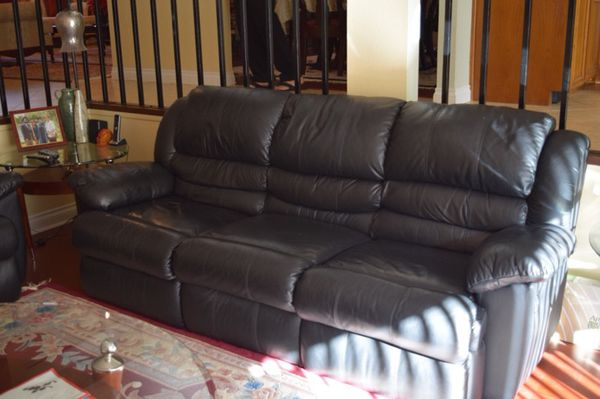 Reclining Black Leather Sofa Love Seat Entertainers Dream Furniture In Los Angeles Ca Offerup