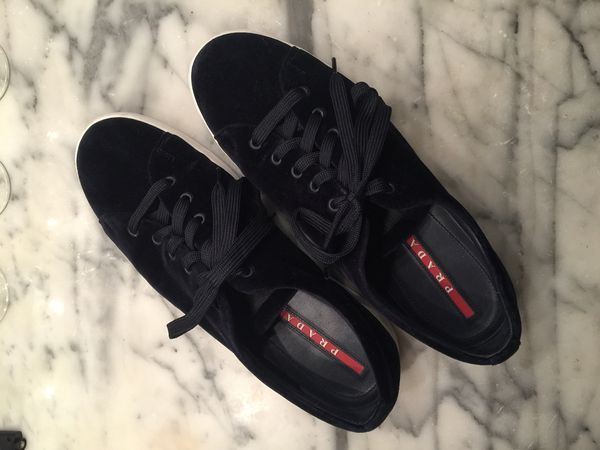 regarder incroyable sélection bon ajustement Authentic Prada Homme Suede Sneakers (worn 3x) for Sale in New York, NY -  OfferUp