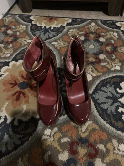 Charlotte Russe burgundy size 6 heels Thumbnail