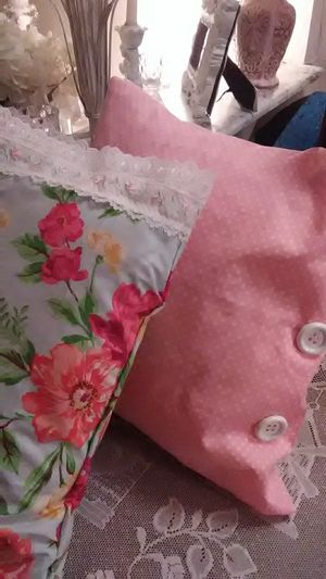 Shabby chic style throw pillows for Sale in Crystal City, MO