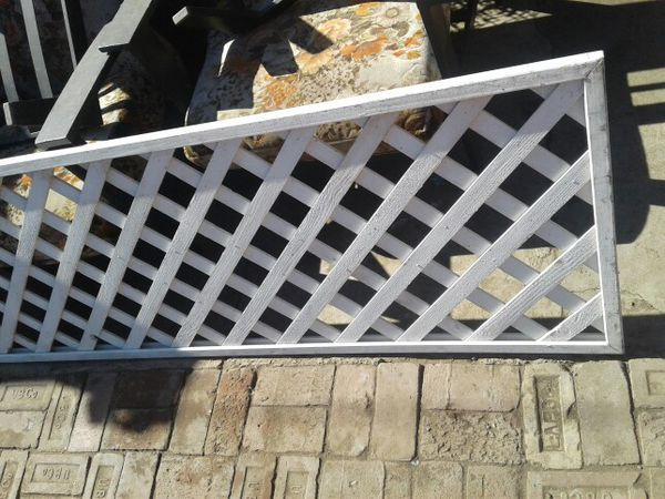 White spruce framed lattice panel for Sale in San Diego, CA - OfferUp