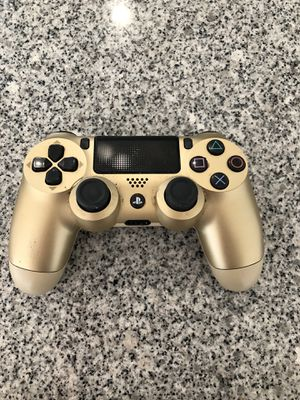 Ps4 gold controller for Sale in Austin, TX