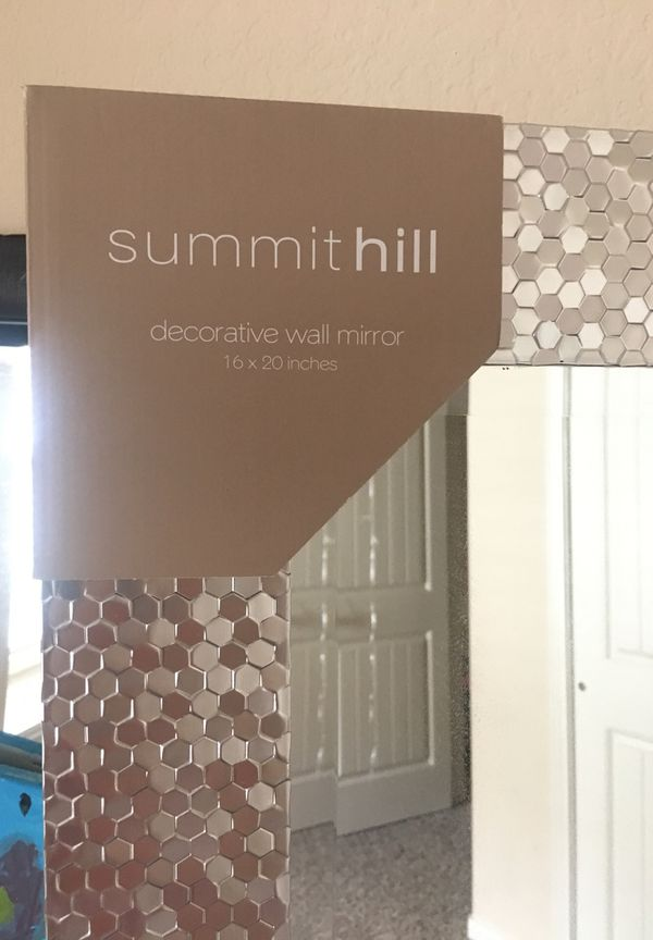 Wall mirror for Sale in Katy, TX - OfferUp