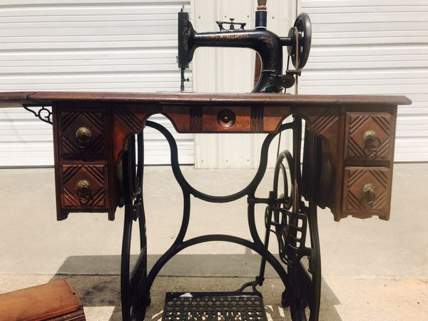 40's ANTIQUE NEW HOME SEWING MACHINE COFFIN TOP 40 DRAWER OAK Impressive Antique New Home Treadle Sewing Machine Value