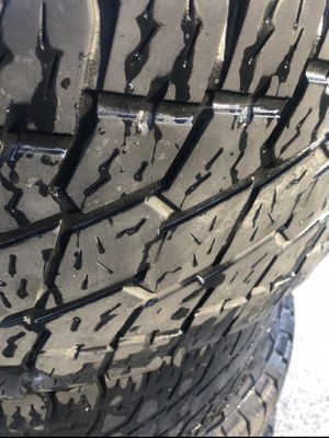 325/60 R20 LT NITTO for Sale in Dallas, TX