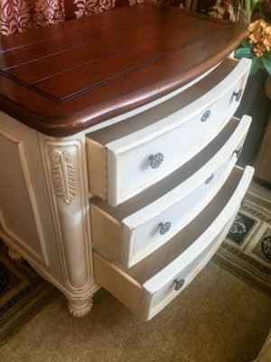 Thomasville Impressions accent dresser for Sale in Purcellville, VA