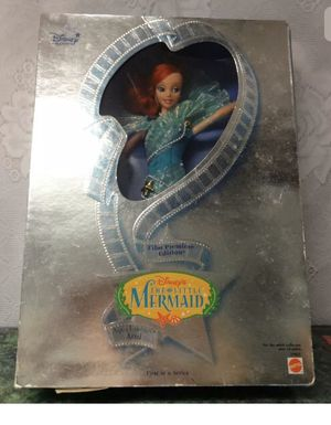 Photo 1997 Disney Collectible Ariel from Little Mermaid.