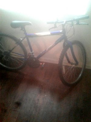 Roadmaster Mt. Bike (45$) for Sale in Memphis, TN