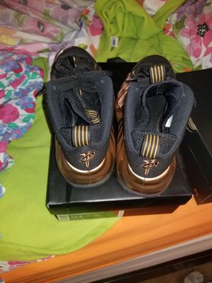 Size 10 1/2 copper foampostise for Sale in Silver Spring, MD