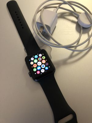 Like new Apple Watch series 3 for Sale in Hyattsville, MD