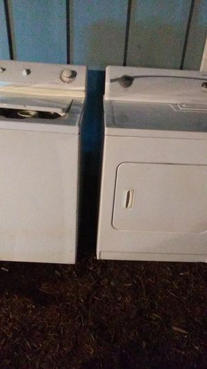 Washer Maytag. Dryer kenmore for Sale in Federal Way, WA