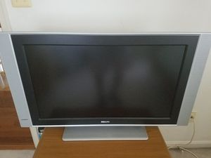 "32"" LCD HDTV digital widescreen flat TV Pixel Plus for Sale in Annandale, VA"