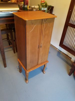 Jewelry Box with drawers for Sale in Midlothian, VA