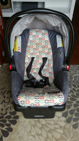 Baby Car Seat - Click Connect for Sale in Fort Washington, MD