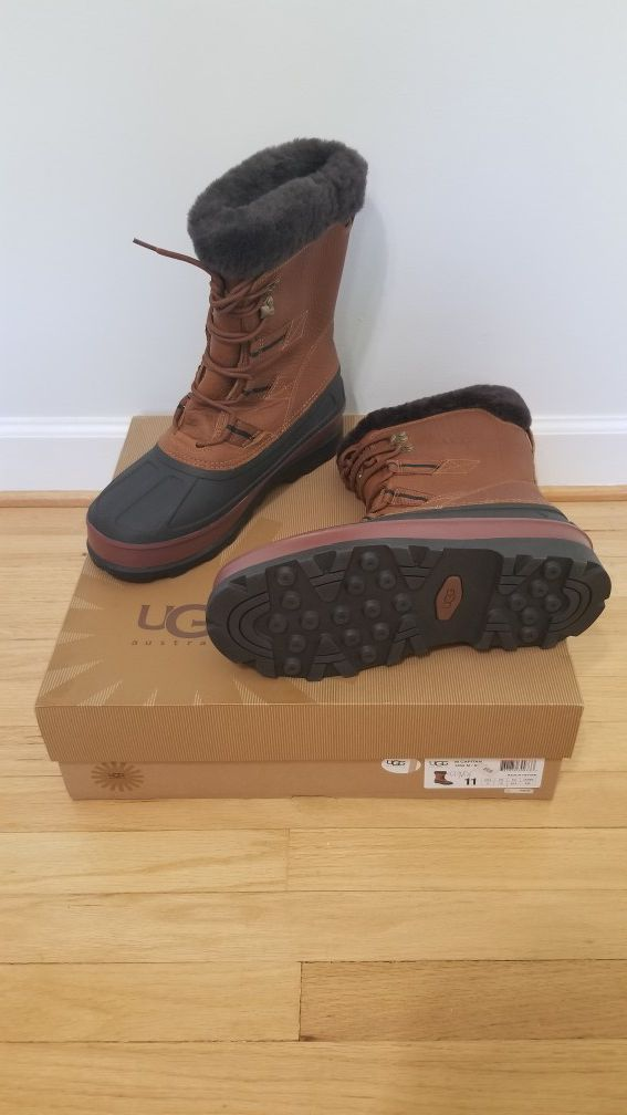 fdf928b0668 Ugg men Capitan leather snow boots 3259 size 11 for Sale in Troy, MI ...