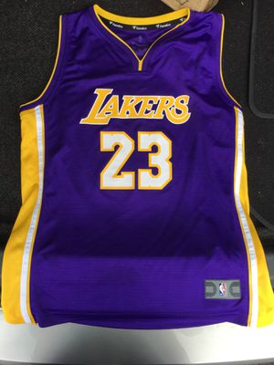 LeBron James Lakers Jersey SIZE Kids XL for Sale in Silver Spring, MD