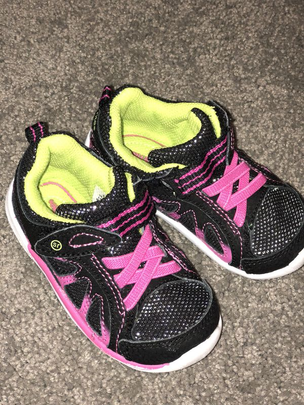 4572e2f1e418c8 toddler girl stride rite sneakers for Sale in San Diego