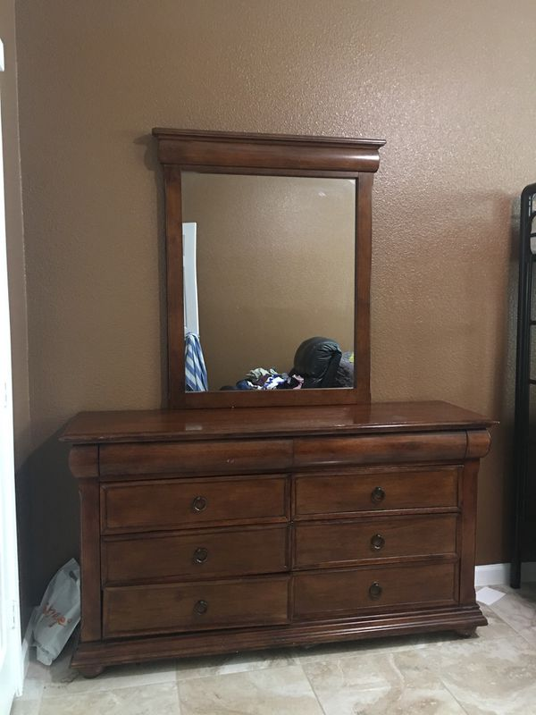 Dresser Furniture In Houston Tx Offerup