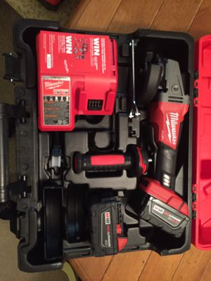 "BRAND NEW Milwaukee 4 1/2"" / 5"" Grinder Paddle Switch, No-Lock Kit 2780-21 for Sale in Germantown, MD"