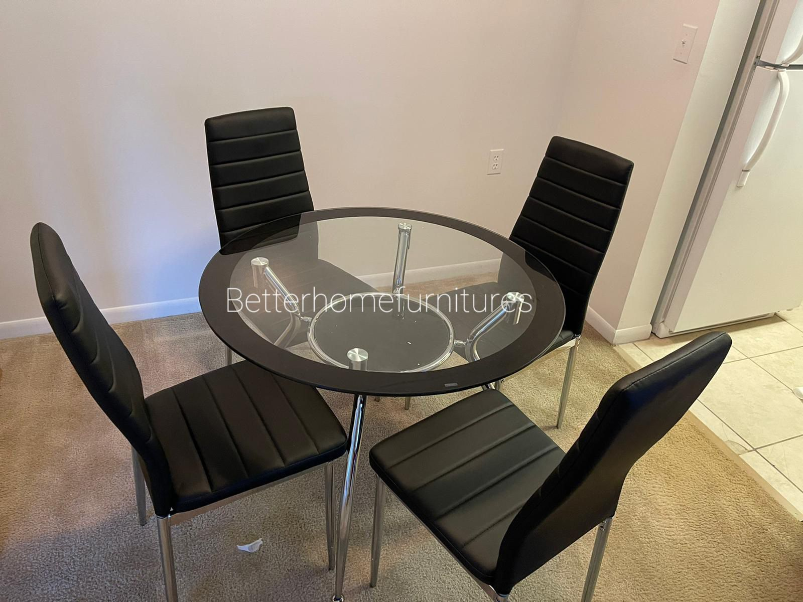Brand new 5-piece Modern dining table, Dining room table, Dining set with Glass Tabletop and 4 chairs ( available in Grey, White, Black and Red).
