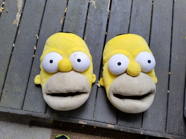 f9d29d9145a Homer Simpson slippers for Sale in Renton