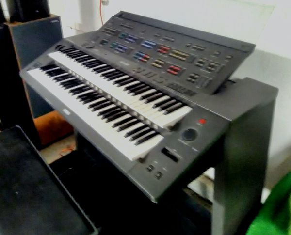 Yamaha Electone HX-1 electronic organ $250 for Sale in Riverside, CA -  OfferUp