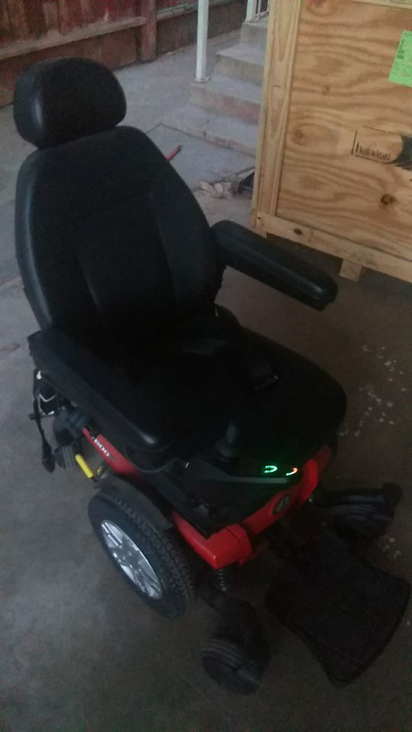 ELECTRIC WHEELCHAIR for Sale in Fresno, CA - OfferUp