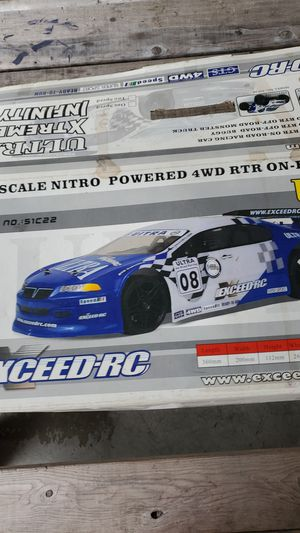 Photo Exceed 1/10th scale RC gas remote control car