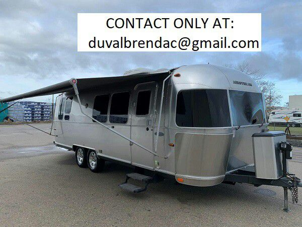 Photo jdtr2015 Airstream Flying Cloud 28 Camping Trailer RV