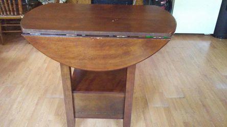 Foldable Table Thumbnail
