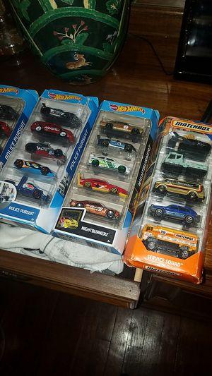 Photo Matchbox n hot wheels cars sets of 5 per box
