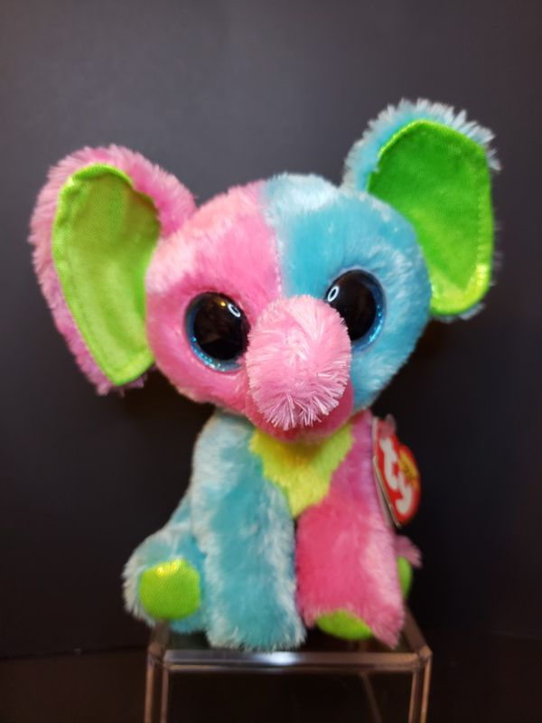 4370b1d8deb Ty Beanie Boo Elfie the Elephant- Retired Justice Exclusive for Sale in  Brookhaven