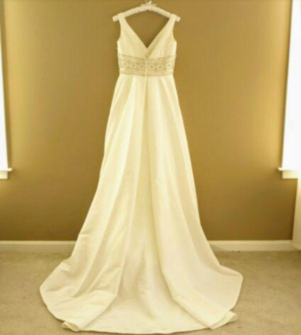 f268e21bbc New and Used Wedding dress for Sale in Santa Clarita