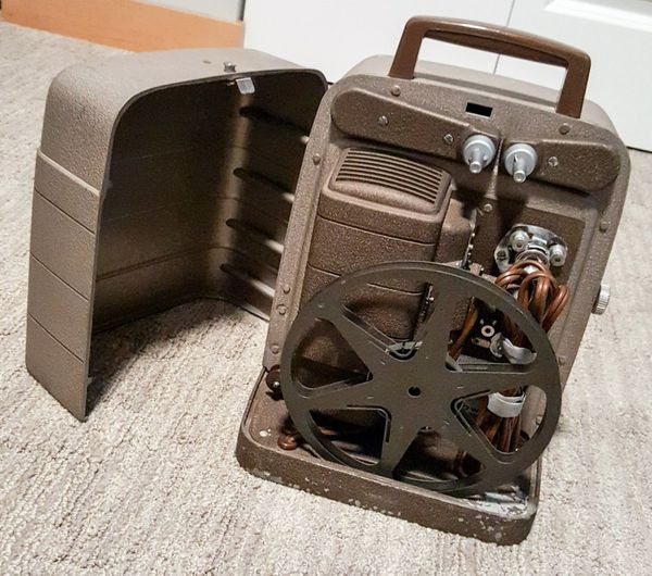 Bell and Howell 254RS 8mm Projector for Sale in Seattle, WA - OfferUp