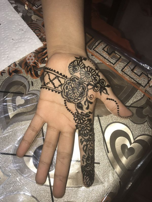 Henna tattoo for Sale in Lawrenceville, GA - OfferUp