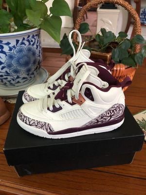Jordan spizike shoes girl sz 12 for Sale in Silver Spring, MD