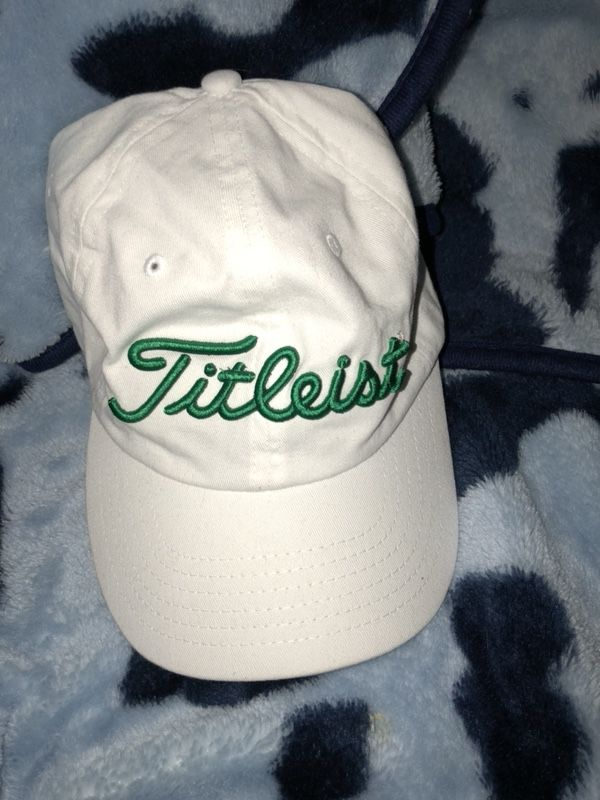 877dc0f5f67 Titleist golf hat (Clothing   Shoes) in Chicago Ridge