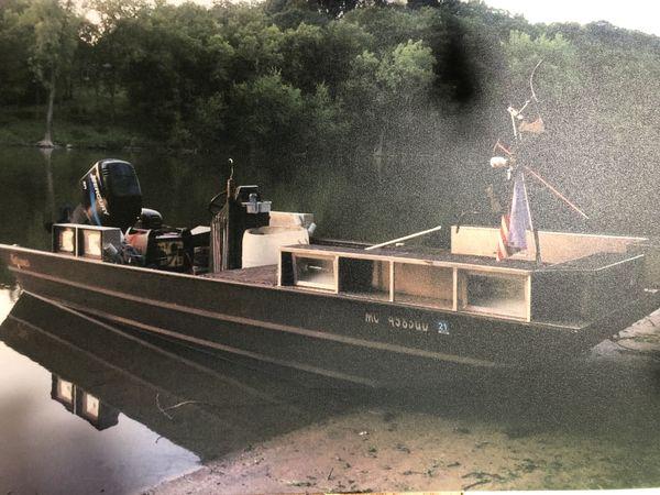 2017 weldbilt flatbottom boat