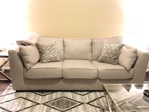 LIKE NEW SOFA and LOVE SEAT SET W/ DECOR PILLOWS for Sale in Gainesville, VA