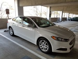 2013 Ford Fusion SE w technology package, 55k mile, clean title no accident, very good condition for Sale in Silver Spring, MD