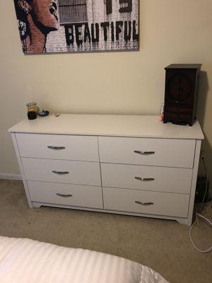 Dresser set for Sale in Silver Spring, MD