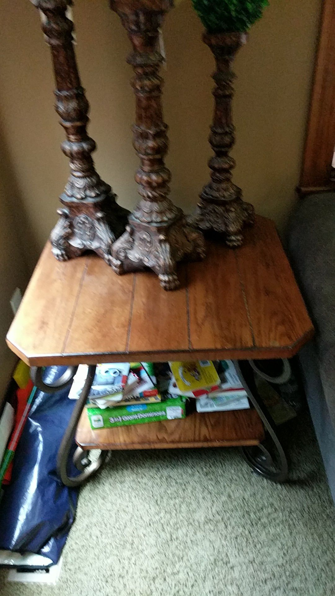 Coffee table, 2 end tables