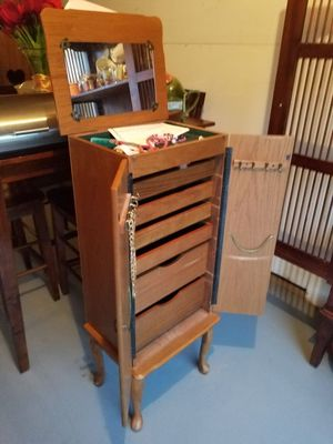 Tall jewerly box for Sale in Midlothian, VA